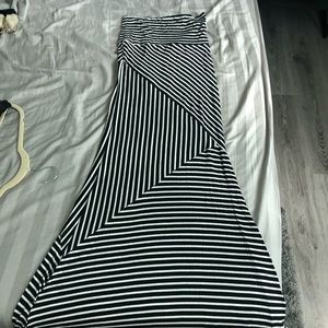 Dresses & Skirts - Long Black and White Stretchy Striped Skirt